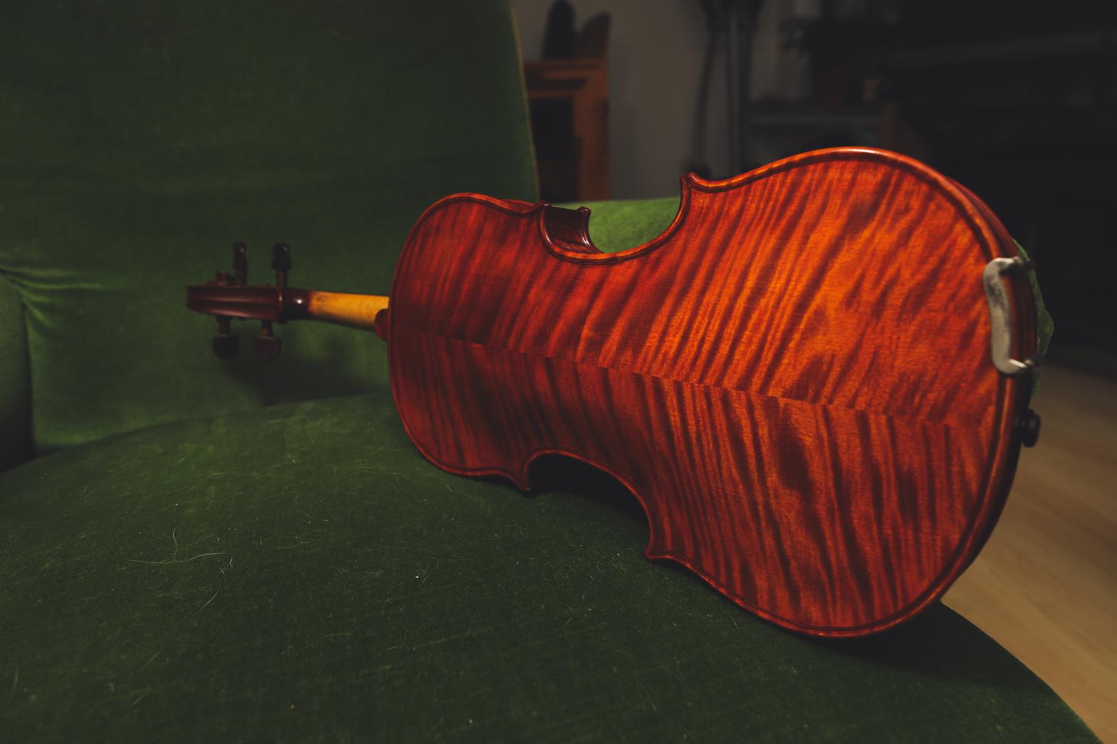 Gitarre und Geige